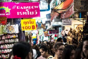 How to bargain and do shopping in thailand