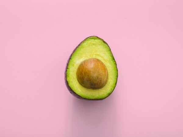 avocado e' ricco di acidi grassi e omega3