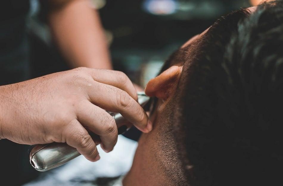 rasatura barba macchina