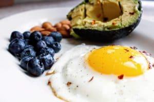 Dieta chetogenica: cos'è, come funziona